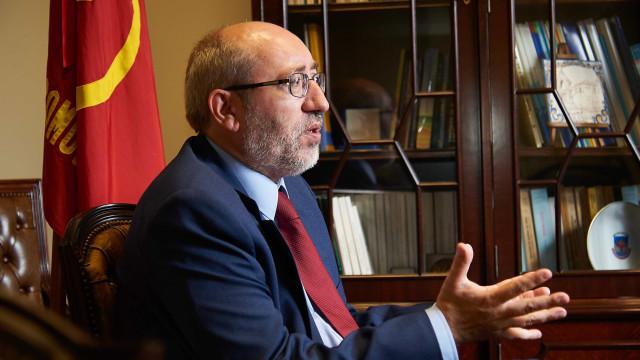 PCP quer votar já propostas sobre enriquecimento injustificado