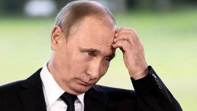 Polémica na Áustria por convite a Putin para o casamento de ministra