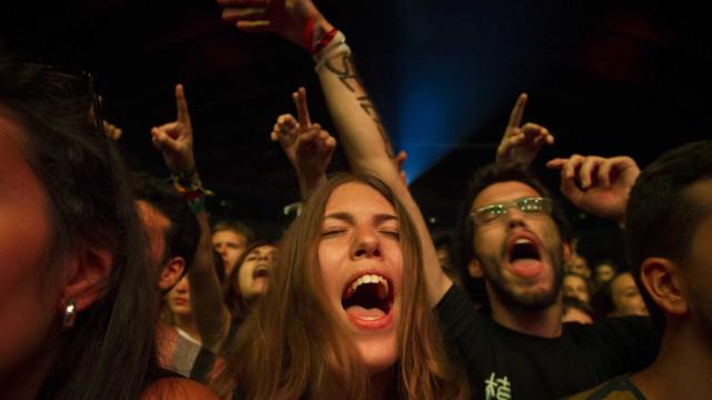 Fogo Fogo e Whales atuam em janeiro no festival Eurosonic Noorderslag