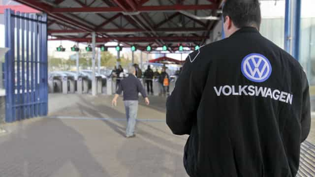 Após reunião, mantém-se o impasse laboral na Autoeuropa