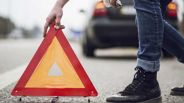 Carro de nove lugares despista-se em Coruche. Há cinco feridos, um grave