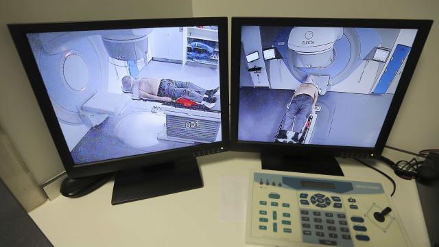 PSD/Açores questiona Governo sobre atraso de unidade de radioterapia