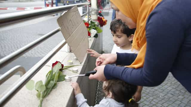 Das nove vítimas mortais, cinco eram crianças