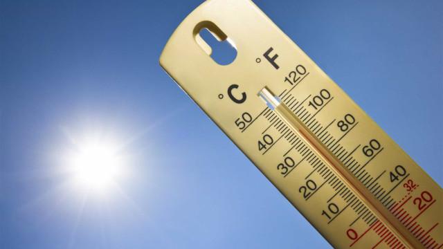 Temperaturas máximas descem 7 a 10 graus no litoral Norte e Centro