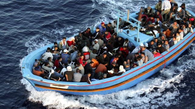 Alemanha prepara expulsão de refugiados para a Grécia