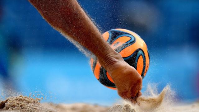Seleção portuguesa de futebol de praia vence França por 5-3