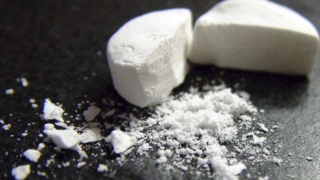 Crianças pediram doces no Halloween e receberam embalagem de ecstasy