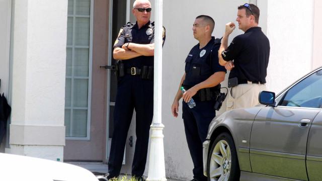 Um agente morto e outro gravemente ferido em possível emboscada