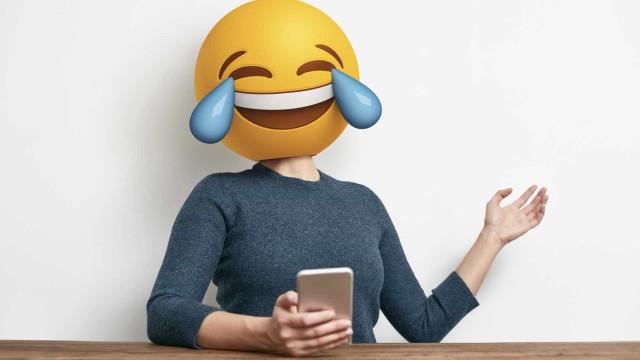 Acha que os emojis não servem para nada? Podem valer um emprego