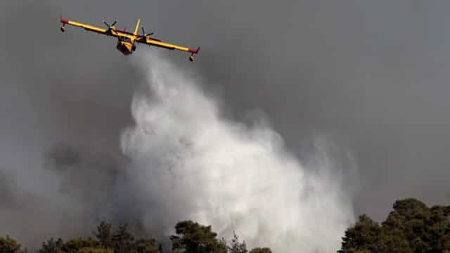 Avião Canadair que combate fogo em Pedrógão Grande caiu