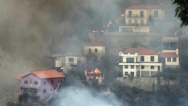 Promulgado apoio à habitação para famílias afetadas por fogos na Madeira