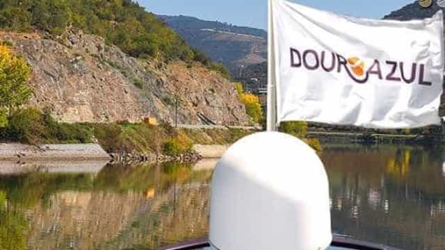 Douro Azul investe dois milhões de euros em novos autocarros panorâmicos