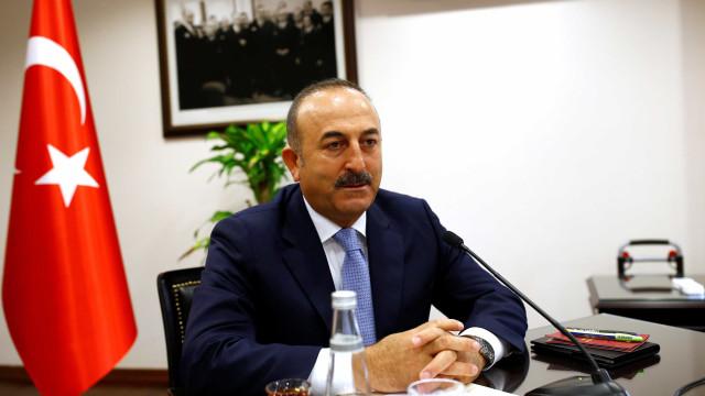 Turquia não será intimidada por ameaças económicas dos EUA