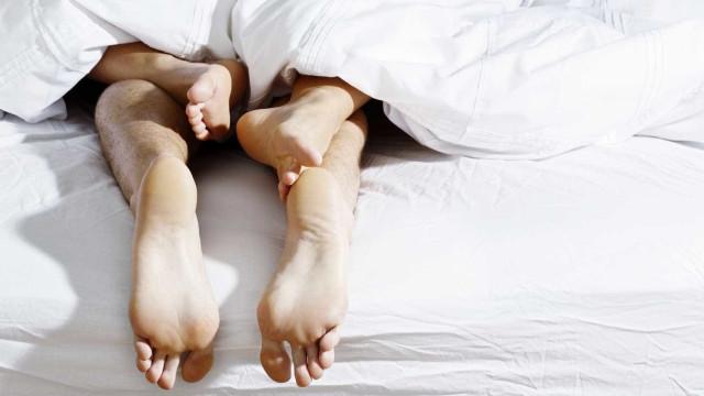 Estas são as cinco posições sexuais que a vão aproximar do seu parceiro