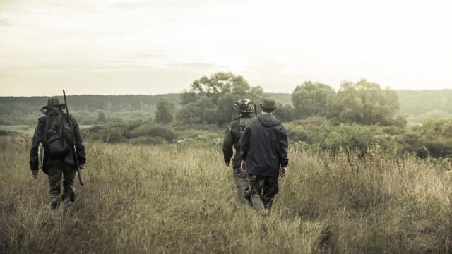 Três detidos por caçarem a menos de 500 metros de um jardim de infância