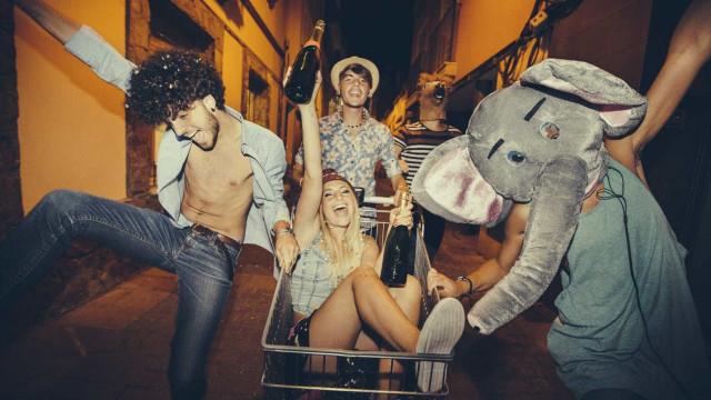 Como o álcool consumido na juventude pode afetar o corpo na idade adulta