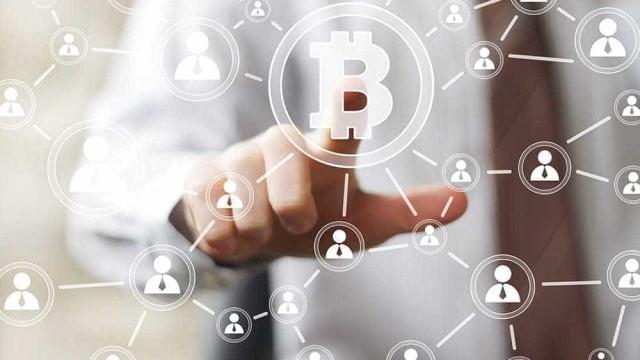 IBM e vários países criam rede inovadora de transferência de dinheiro