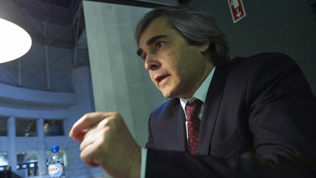 """Nuno Melo diz a Ana Gomes que é """"obscenidade"""" comparar Madeira ao Panamá"""