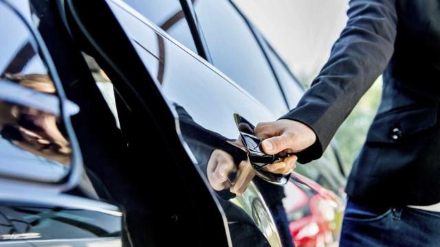 PSP detém motorista que enganou cliente em viagem para o aeroporto