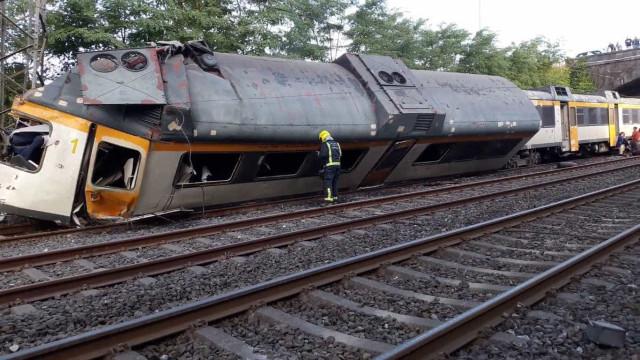 Comboio que ligava Espanha a Portugal descarrilou. Há mortos
