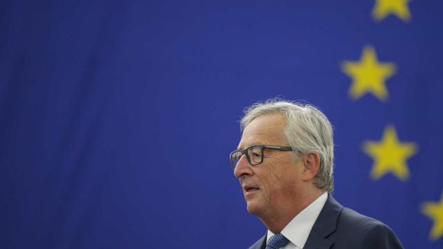 """Comissão Europeia vai acionar """"todos os instrumentos de solidariedade"""""""
