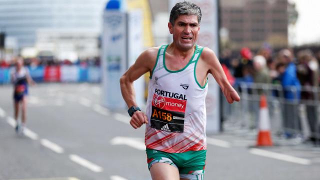 Manuel Mendes conquista quarto bronze luso na maratona classe T46