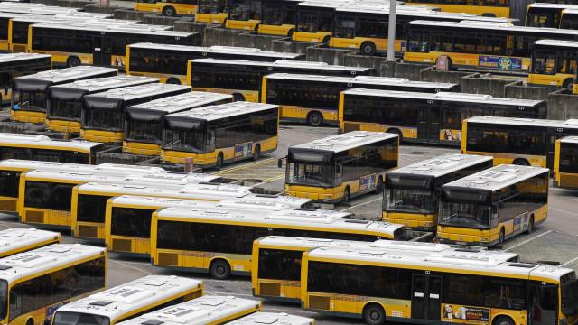 Carris abre inquérito a acidente de autocarro em Lisboa