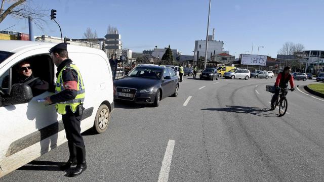 Operação Páscoa da PSP regista 82 acidentes em 12 horas