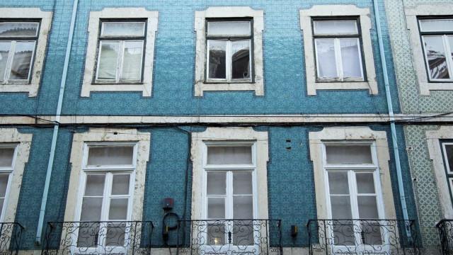 """Bloco defende """"serviço nacional de habitação"""" para conhecer problemas"""