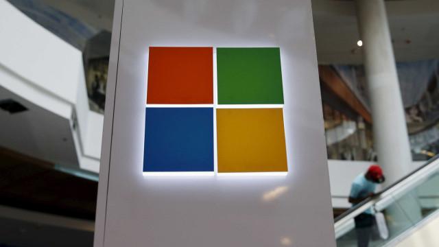 Microsoft 'perde a paciência' e insiste que atualize o Windows