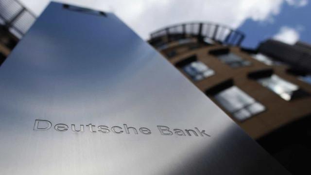 Deutsche Bank vai despedir sete mil trabalhadores