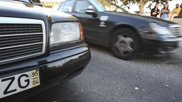 PCP renova exigência de domicílio fiscal aos operadores de táxi