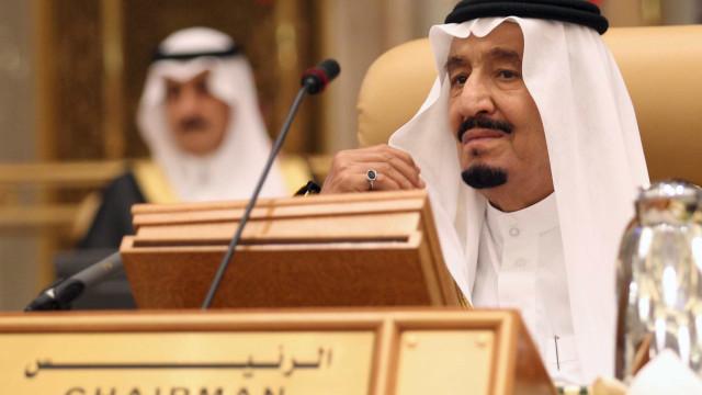 Arábia Saudita autoriza acolhimento de forças militares dos EUA