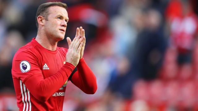 Equipa de sonho de Wayne Rooney tem dois portugueses