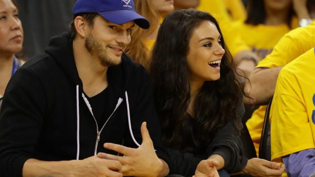 Ashton Kutcher revela que relação com Kunis começou apenas com sexo