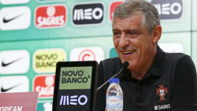 """Fernando Santos: """"Onze para a Espanha? Ainda tenho muitas dúvidas"""""""