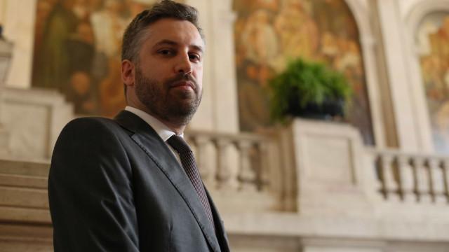 Pedro Nuno Santos não quer PS refém da direita para governar