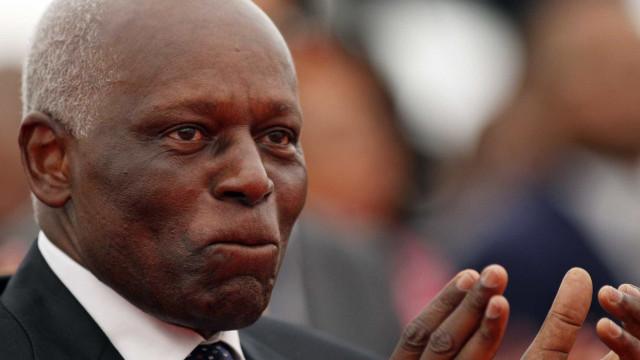 Tentativa de José Eduardo dos Santos alterar data da saída do MPLA falhou
