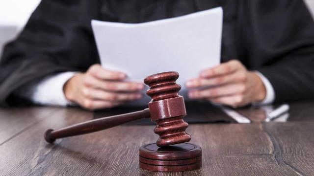 Condenado por homicídio que não cometeu pede 500 mil euros ao Estado