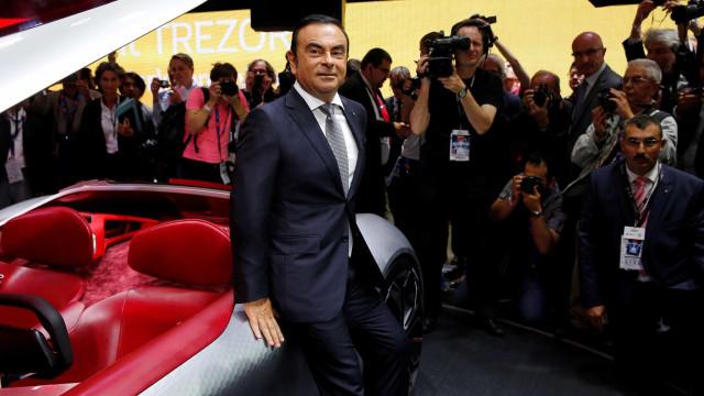 Nissan afasta Ghosn da presidência da fabricante automóvel