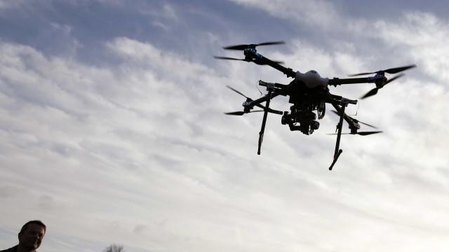 ANAC pondera alterar regulamento dos drones mas realça prevenção