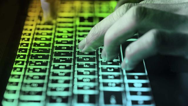 773 milhões de email revelados. Este é o maior roubo de dados da história