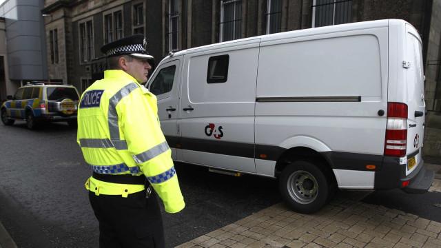 Carro atropelou deliberadamente grupo de crianças na Escócia