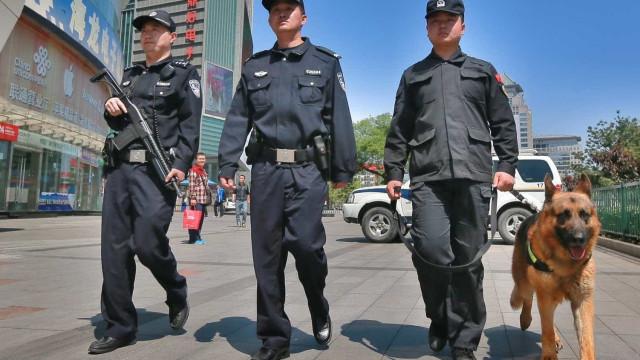 Polícias na China começam a usar óculos para reconhecimento facial