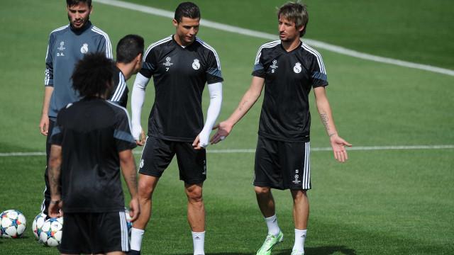 Real Madrid oficializa rescisão de contrato de Fábio Coentrão