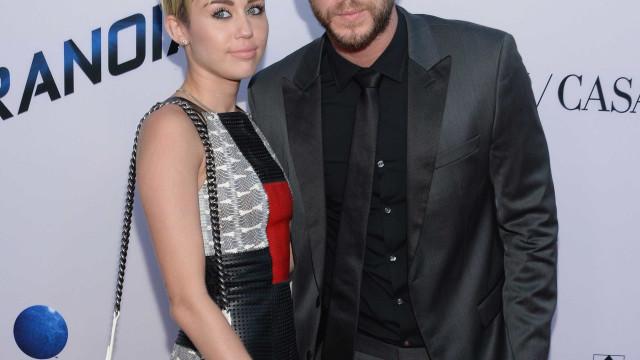 Miley Cyrus acusada de não respeitar o trabalho do namorado