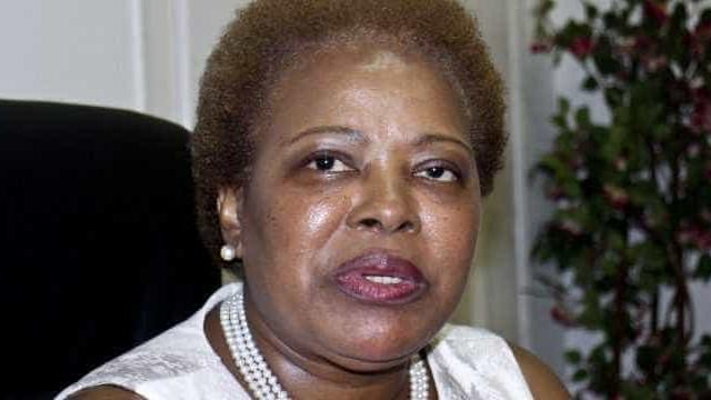 """CPLP recorda papel """"bastante significativo"""" de Soares na descolonização"""