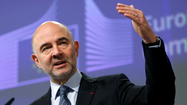 Riscos crescentes exigem reforma ambiciosa da zona euro, diz Moscovici