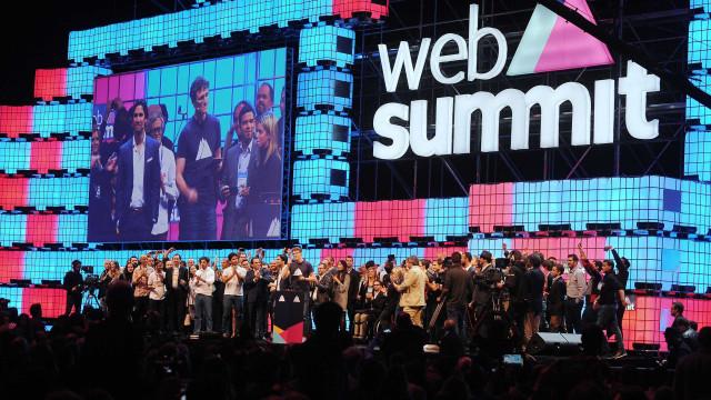 Web Summit está à procura de 50 trabalhadores em todo o mundo