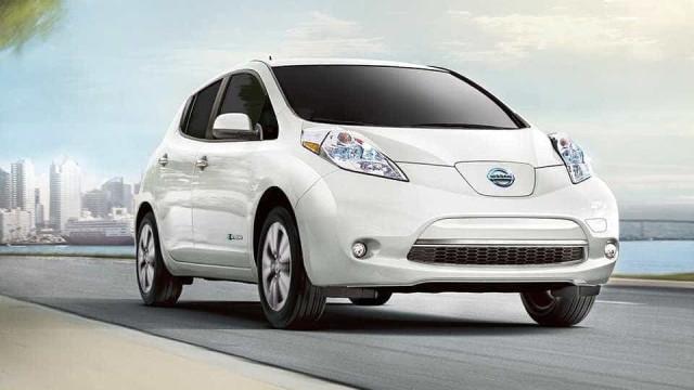O novo Nissan Leaf foi avistado e as fotografias já estão na internet